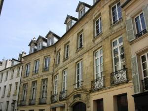 08 – hôtel du Duc de la Feuillade – DSCN3099-C1